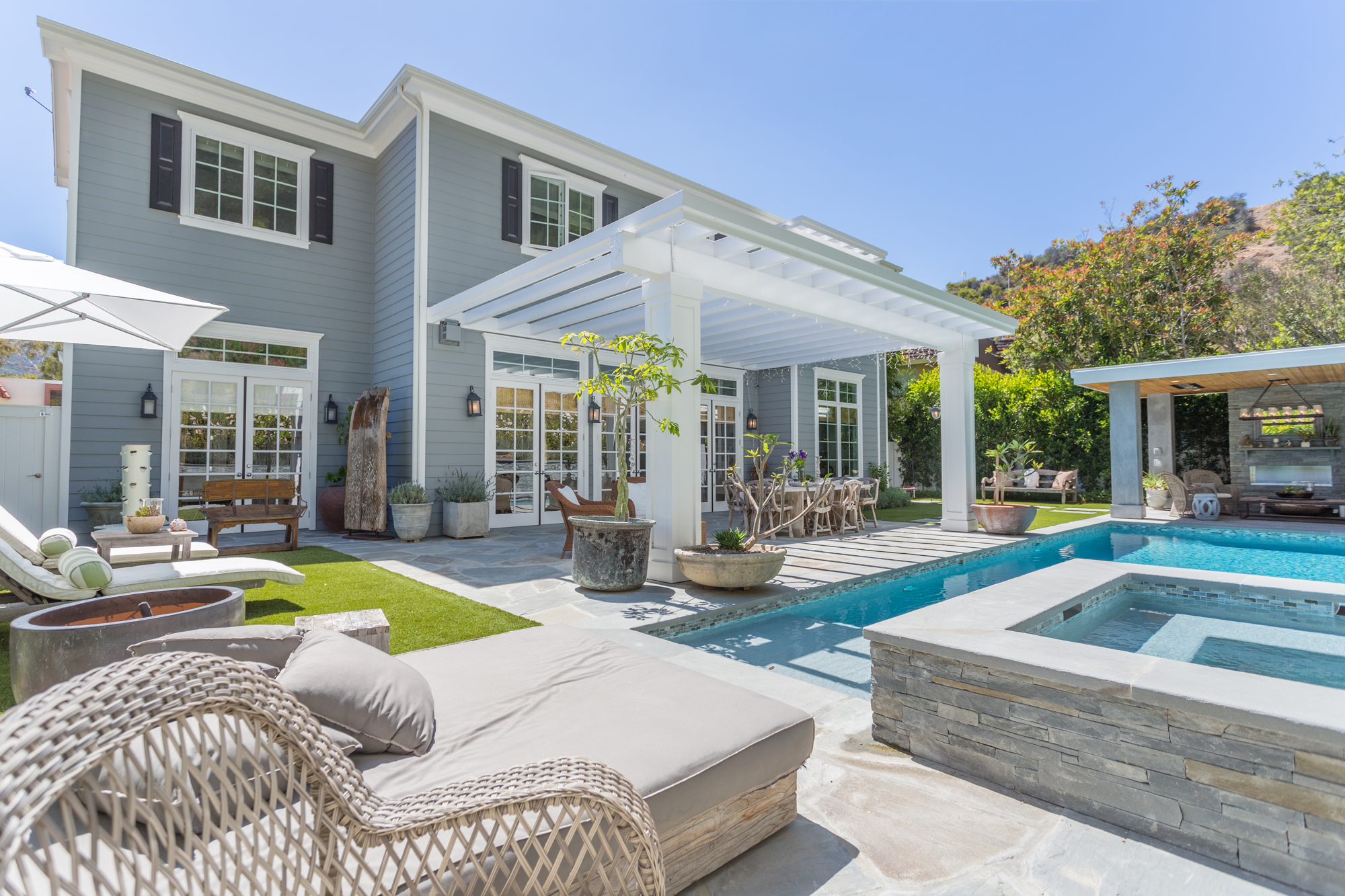 Brentwood Traditional
